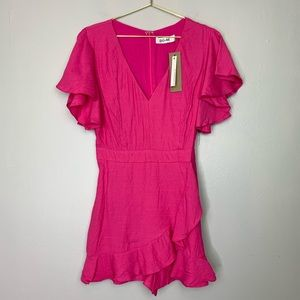 Do + Be NWT Pink Ruffle Romper Large